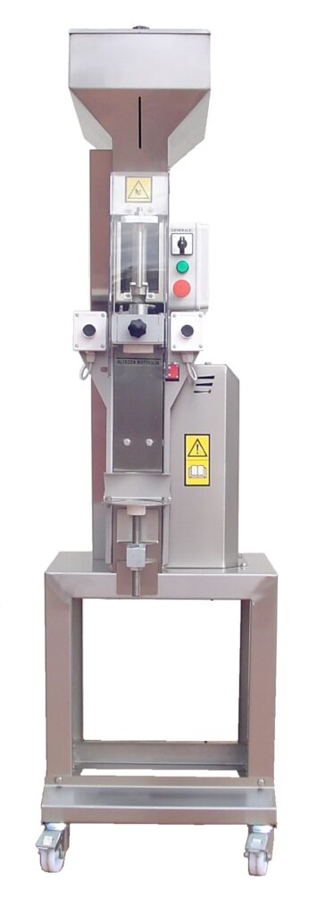 Corking machine for wine and oil bottles